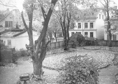arkivet_nationstradgarden_oktober_1949_foto_erik_ahman